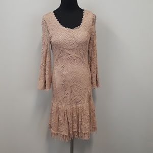 Soieblu lace bell sleeve dress size small
